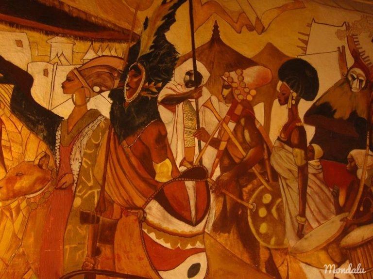 Tableau africain se trouvant au coeur du Bushman Café à Abidjan, en Côte d'Ivoire