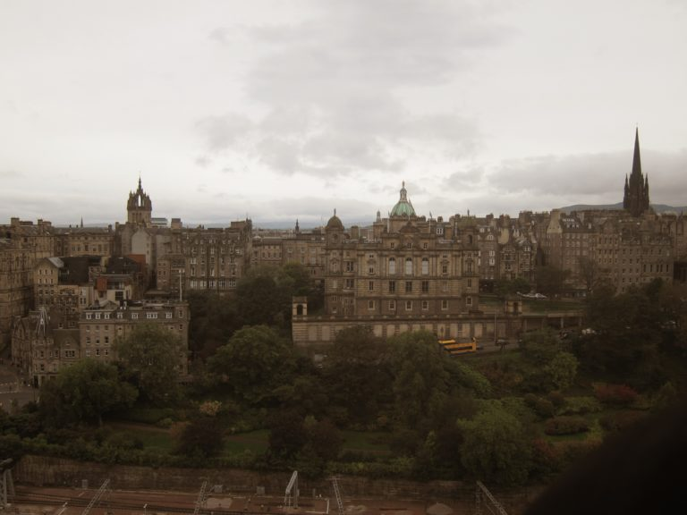 Photo de la ville d'Edimbourg vue du Scott Monument